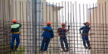 Trabajadores de empresas de trabajo temporal en las obras de construcción